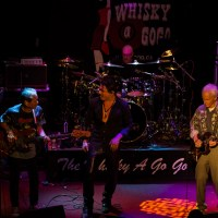 """Robby Krieger & Phil Chen join Miljenko Matijevic & Steelheart on stage for The Doors (""""Back Door Man"""") at The Whisky"""