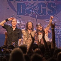 THE WINERY DOGS at THE CANYON CLUB 11/5/2015