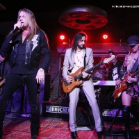 NUNO BETTENCOURT, SEBASTIAN BACH kicked off SOUNDCHECK LIVE at LUCKY STRIKE