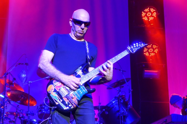 Joe satriani from surfing to shockwave tour california rock news i would be remiss not to mention the meet and greet portion of these evenings because unlike many meet and greets that i have attended for numerous artists m4hsunfo