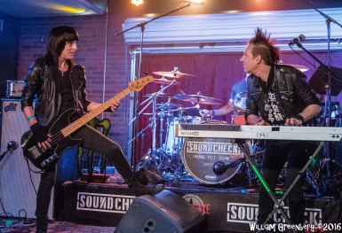 SCheck Live Sixteen-109