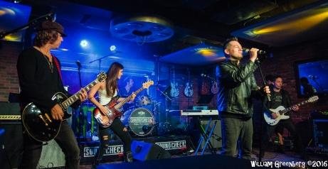 SCheck Live Sixteen-76