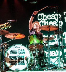 Heart Cheap Trick-13