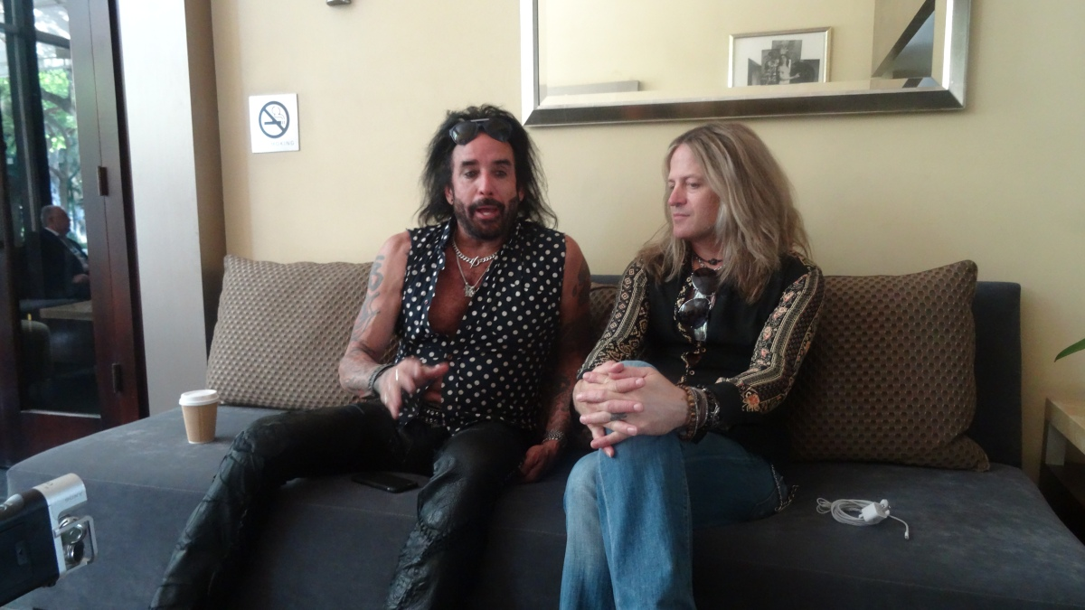 DOUG ALDRICH and MARCO MENDOZA THE DEAD DAISIES INTERVIEW from HOLLYWOOD, CA 9/15/2016