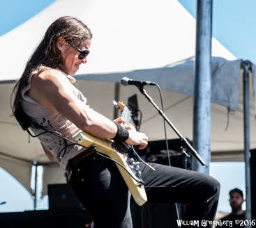 ozzfest-monster-stages-11