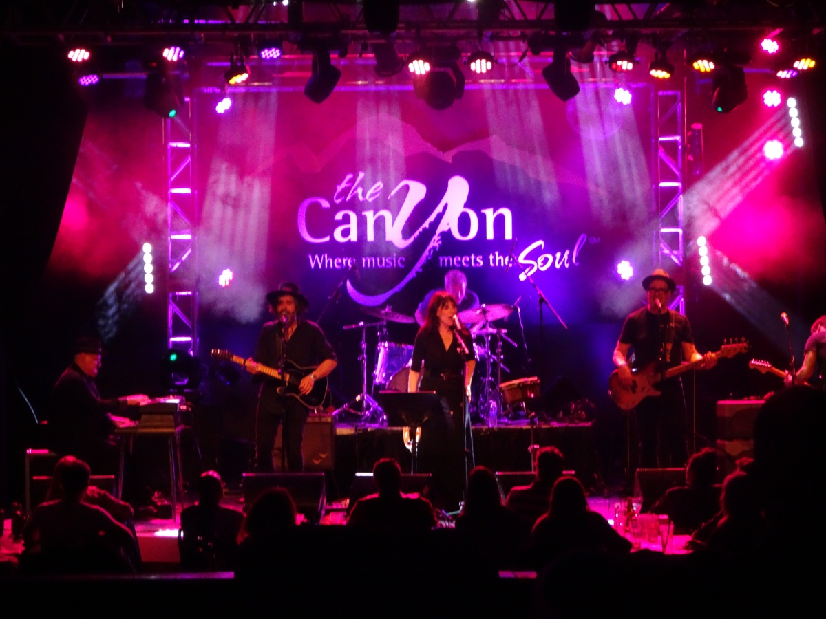 Katey Sagal and The Reluctant Apostles Canyon Club 5/12/2017