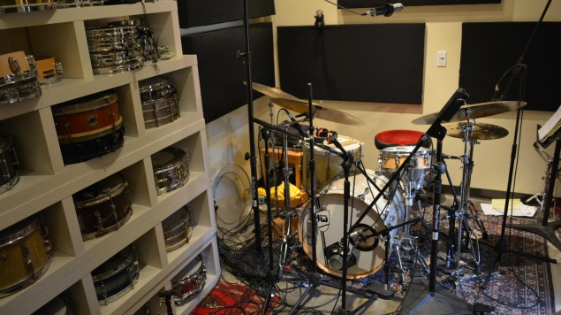 blair sinta releases home drum recording course through promix academy california rock news. Black Bedroom Furniture Sets. Home Design Ideas