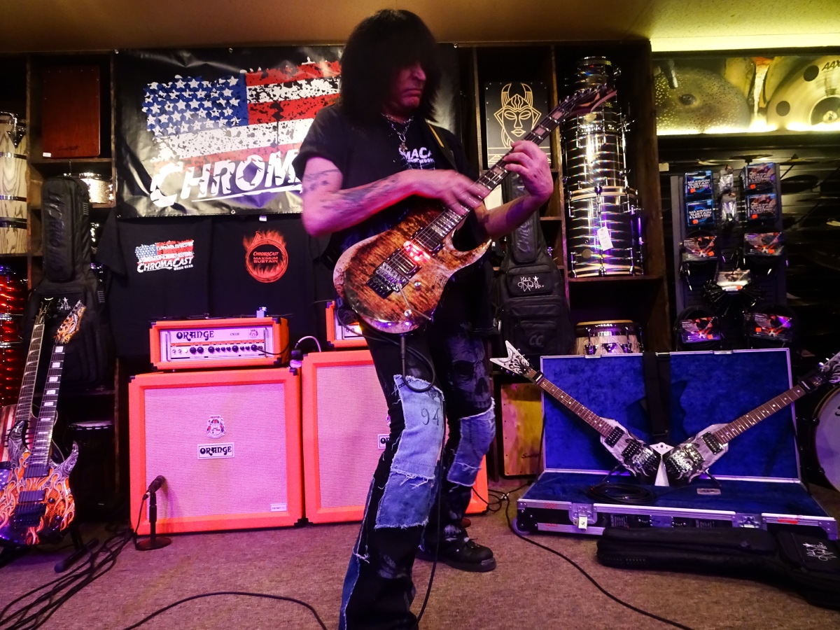 MICHAEL ANGELO BATIO of NITRO Interview and Footage from Chromacast Clinic GoDPS Music 7/14/2017