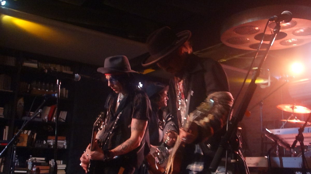 JOHNNY DEPP JOE PERRY TOMMY HENRIKSEN GLEN SOBEL STEVE FERLAZZO DAN SOUNDCHECK LUCKY STRIKE LIVE 1/31/2018