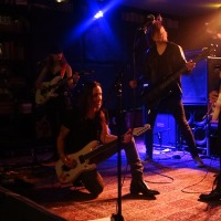 "NUNO BETTENCOURT Performs ""BLACK CAT"" with PARAMOUNT MUSIC ACADEMY STUDENTS at LUCKY STRIKE LIVE 3/2018"