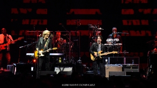 Hall and Oates 7 31 18 194