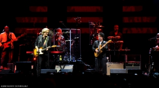 Hall and Oates 7 31 18 195