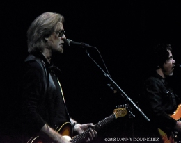 Hall and Oates 7 31 18 200