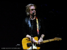 Hall and Oates 7 31 18 238