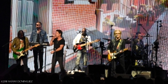 Hall and Oates 7 31 18 387