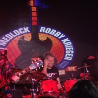 Scott Medlock-Robby Krieger Golf Classic and All-Star Concert 2019 Night 2 Concert Robby Krieger Chad Smith Adrian Young Orianthi Dennis Quaid Patrick Warburton Jason Scheff Glen Sobel